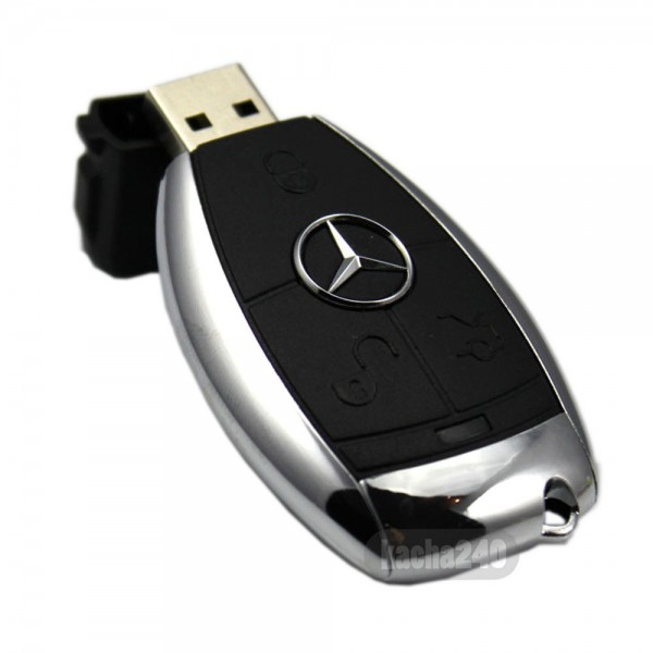 Флаш памет ключ на Mercedes